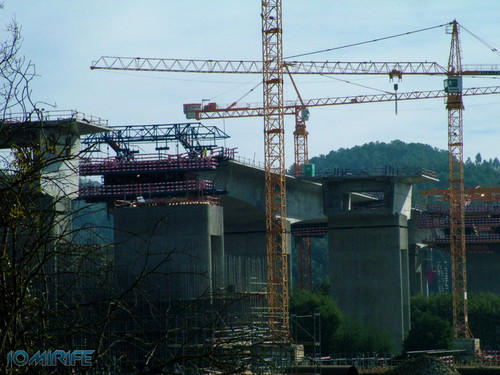 Construção da A17 sobre o rio Mondego em 2007 (3) [en] Construction of the highway A17 over the River Mondego in 2007