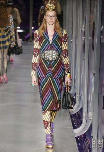 Gucci-desfile-FW17-34.jpg