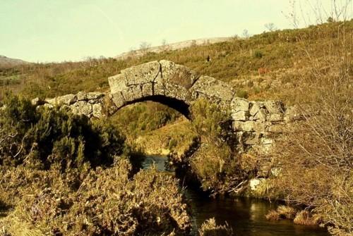 35 b2 - ponte românica lamas de mouro.jpg