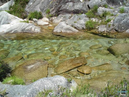 Gerês - Água completamente transparênte
