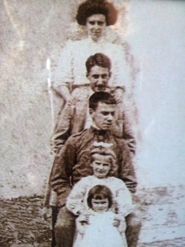 Avô José e os irmãos.jpeg