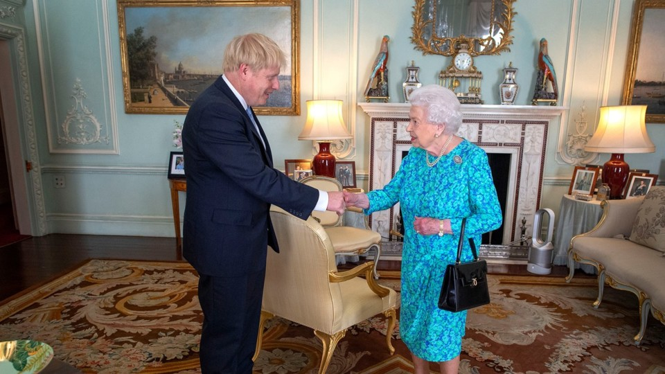 00-story-queen-elizabeth-boris-johnson.jpg