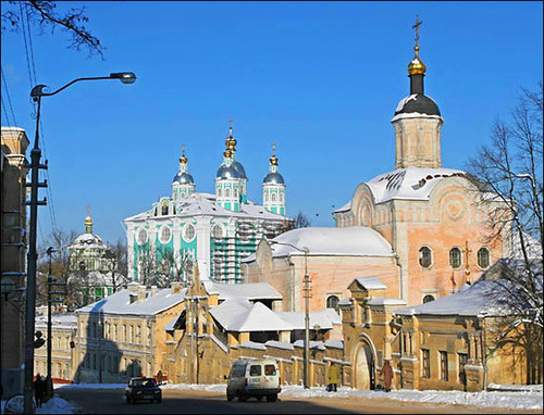 smolensk-city-troitsky-monastery.jpg