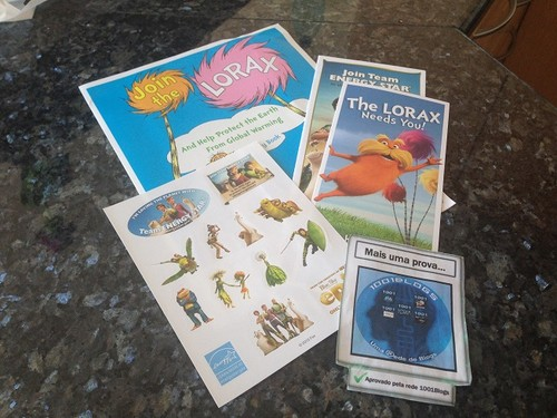 Amostras Energy Star - Livro infantil  de actividades + brochura do Lorax -  Recebido  15074558_U881B