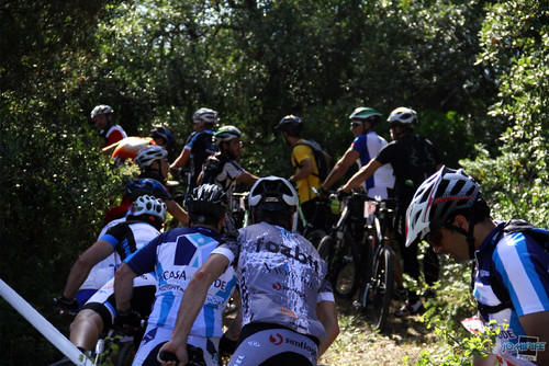 BTT XCM 2012 Montemor (102) Muita gente no trilho