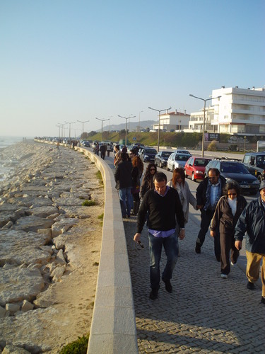 Muita gente a passear na Figueira da Foz