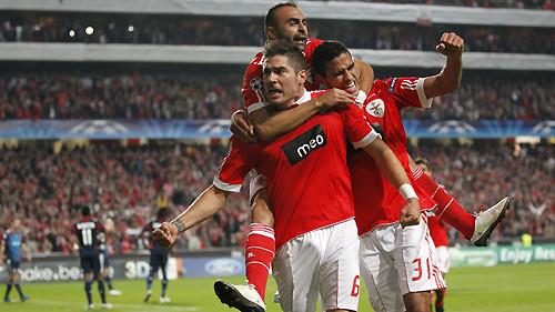 Celebração de golo na Champions League, Sport Lisboa e Benfica