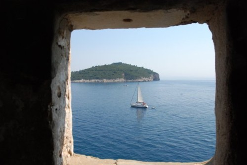 open-window-on-the-sea.jpg