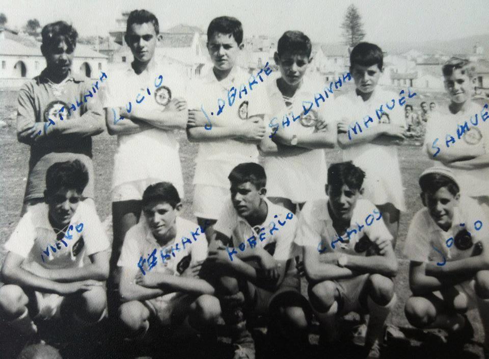 56 - Equipa de futebol no Campo do Castelo - 1961.