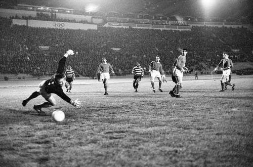 Sporting 5 Manchester 0 1964.jpg