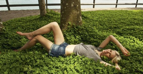 Aline Weber (Top Model).jpg