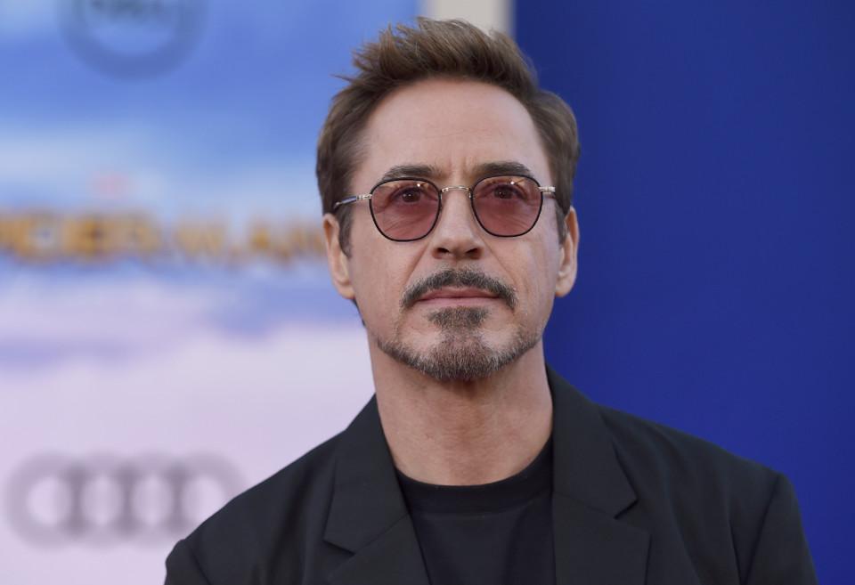 Robert Downey Jr. (4).jpg