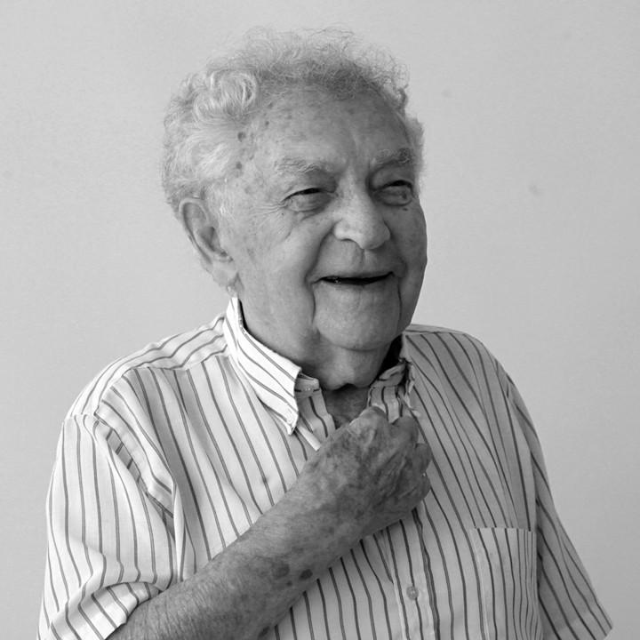 Dr. Yitzhak Arad.jpg