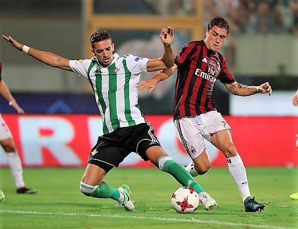 Zouhair+Feddal+AC+Milan+v+Villareal+Pre+Season+gTr