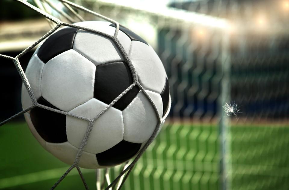 soccer-3040031.jpg