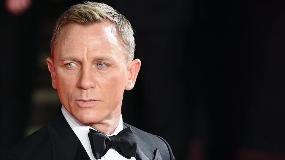 Daniel Craig (2).jpg