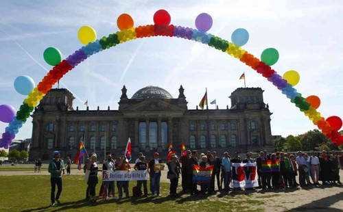 Germany Gay Marriage.jpeg