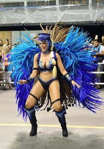 Ellen Rocche (Carnaval S.Paulo 2018).jpg
