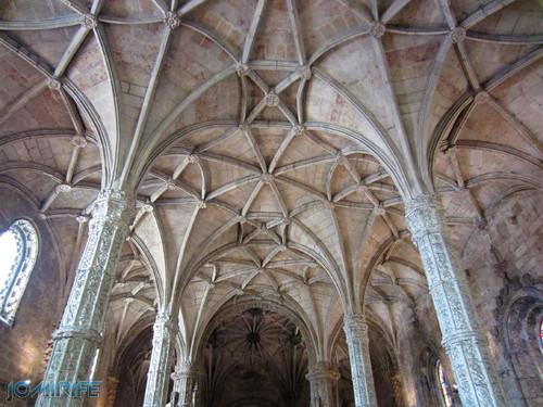 Lisboa - Igreja Mosteiro dos Jerónimos (15) Tecto [en] Lisbon - Jeronimos Monastery Church - Ceiling