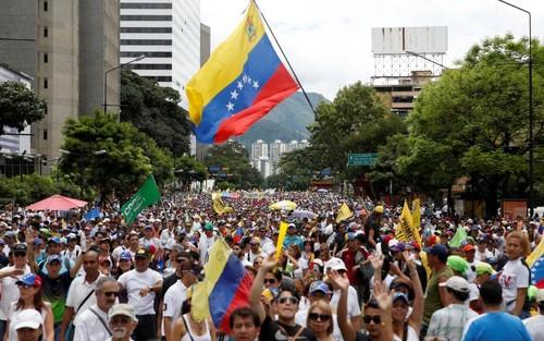 Venezuela-xlarge_trans_NvBQzQNjv4BqYHaHRqZzVuMJAn8