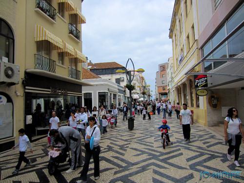 """Caminhada Solidária """"Coração Saudável, Coração Solidário"""" na Figueira da Foz - Rua Cândido dos Reis, Bairro Novo (4) [en] Solidarity walk in Figueira da Foz Portugal"""
