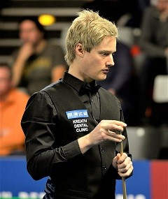 1200px-Neil_Robertson_at_Snooker_German_Masters_(D