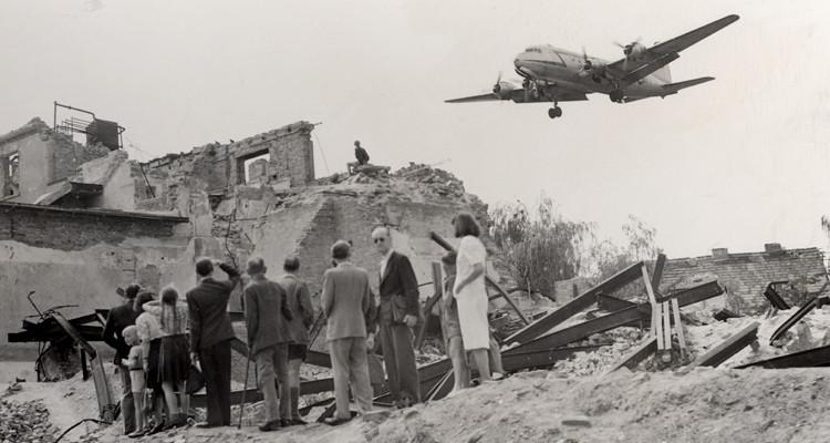 Airlift1.jpg