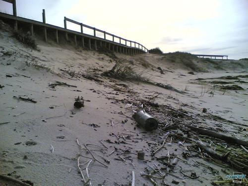 Temporal na praia do Cabedelo - Lixo na praia
