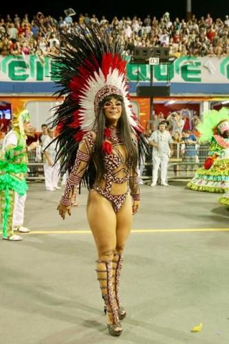 Viviane Araújo (Carnaval S.Paulo 2018).jpg
