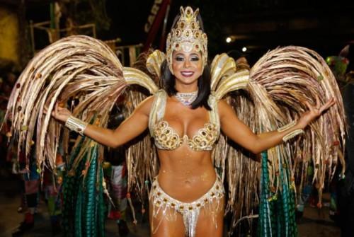Flávia Lyra (Carnaval Rio 2019) .jpg