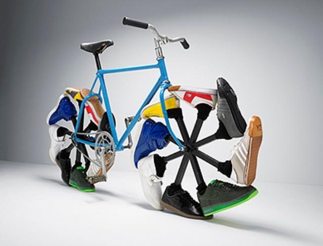 BicicletaComTenis.jpg