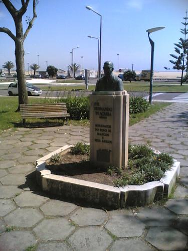 Buarcos: Jardim Parque Fernando Traqueia (Estátua