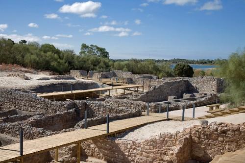 Ruínas Romanas de Tróia.jpg