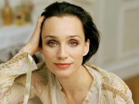 kristin scott thomas close up.jpg