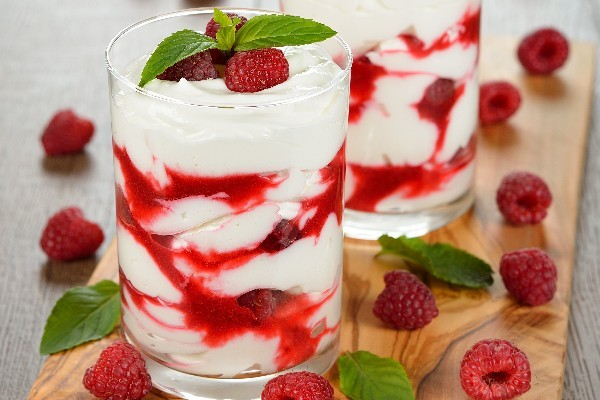 raspberry-white-chocolate-mousse_11931.jpg