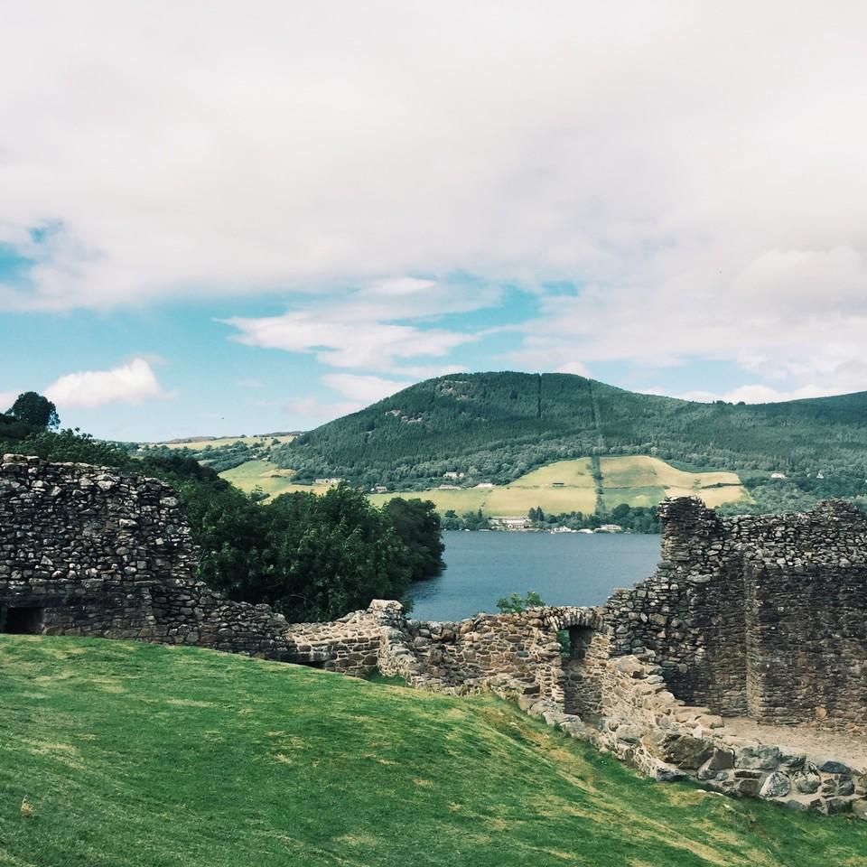urqhuart-castle.jpg