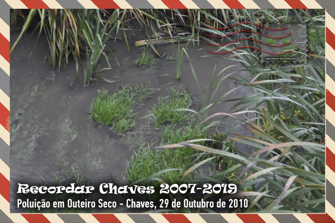 Colecção de 13 Postais Recordar Chaves 2010.jpg