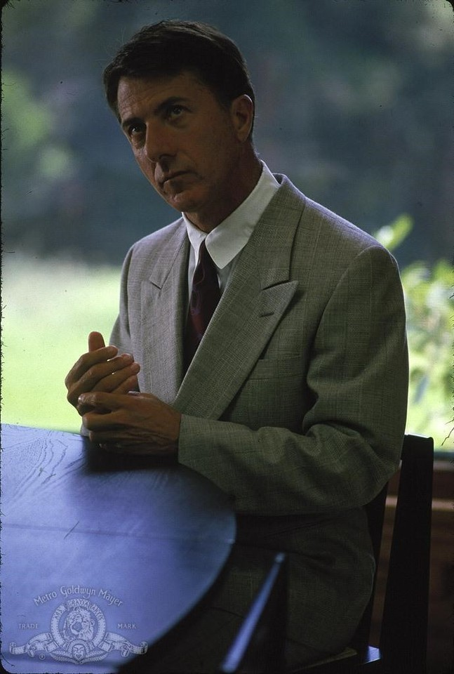 dustin-hoffman-in-rain-man-1988-large-picture.jpg