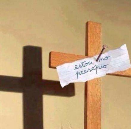 cruz-cristo-presepio.jpg