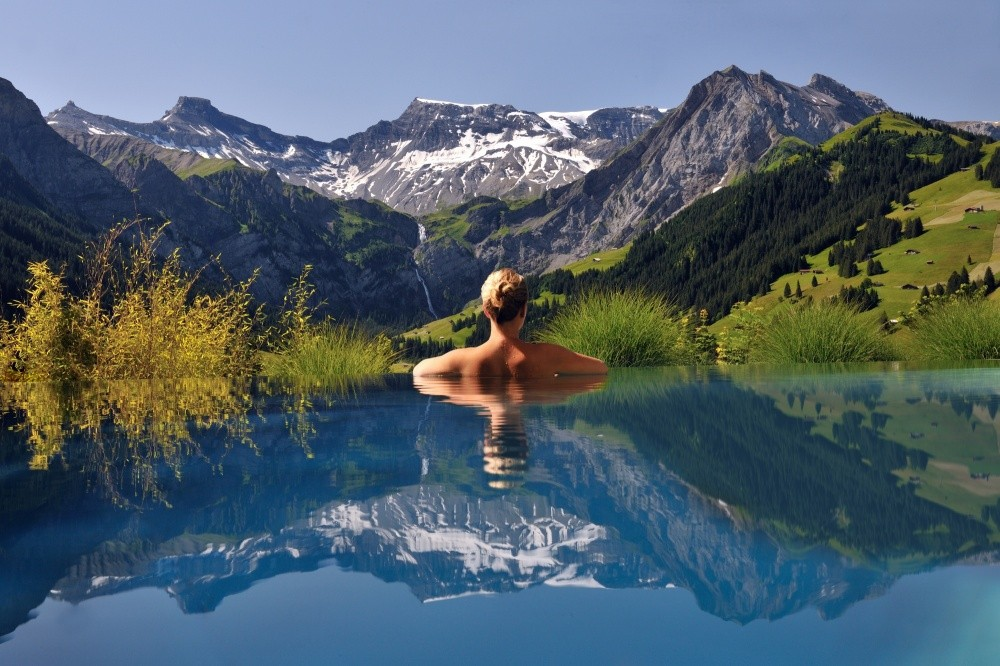 290105-The-Cambrian-Adelboden-outdoor-pool-summer2