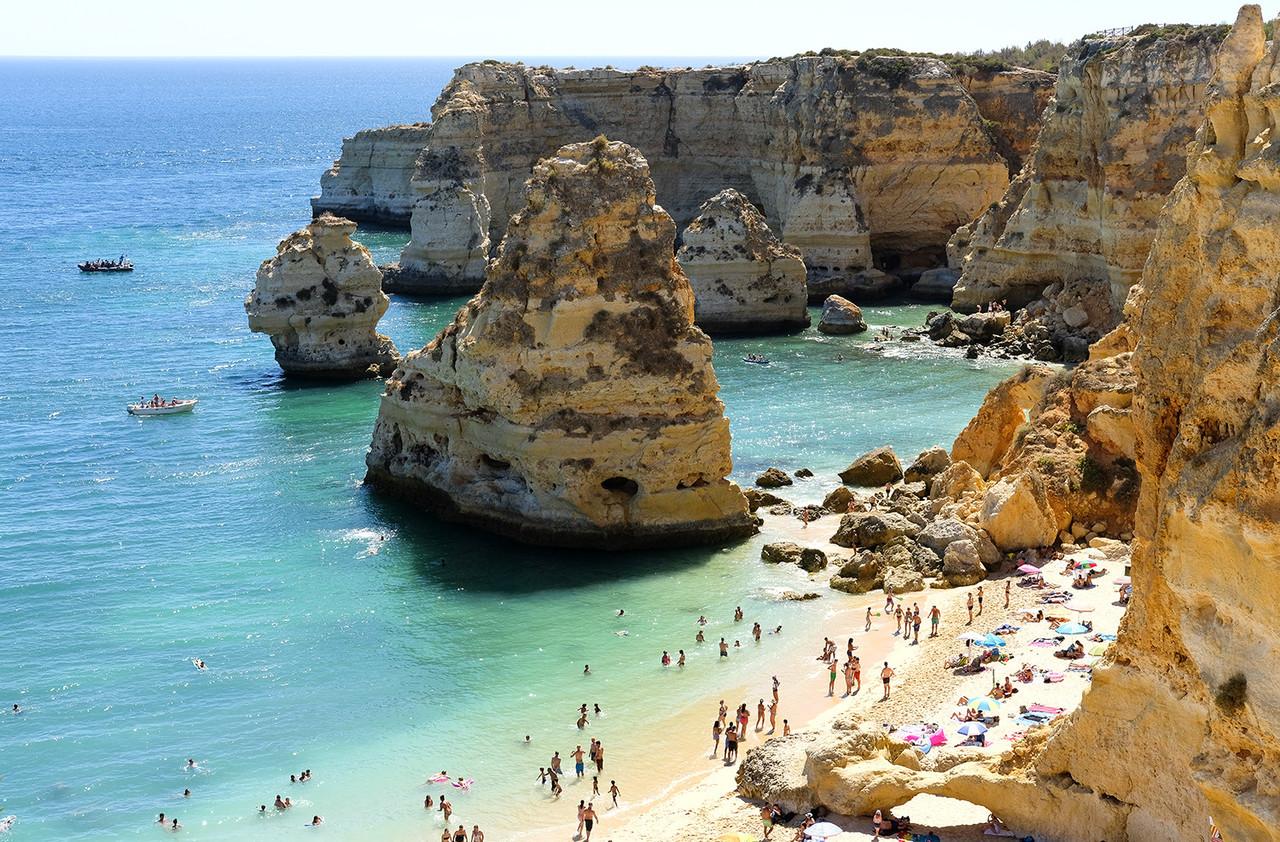 Algarve praias Marinha 365.jpg