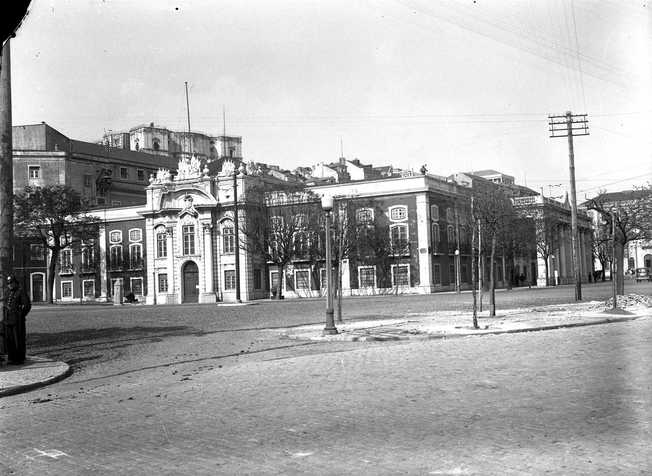 Museu Militar, 1949, foto de Eduardo Portugal.jpg