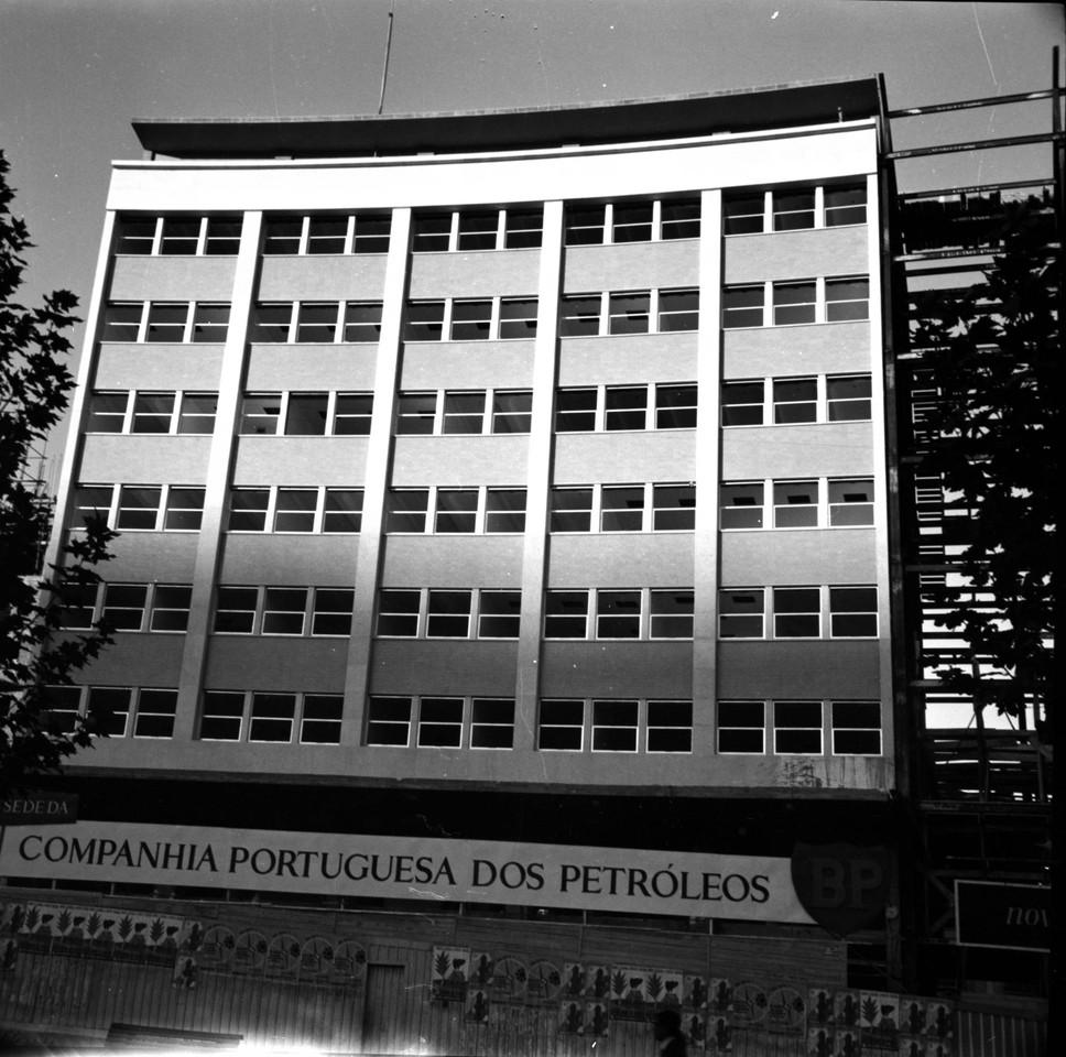 Prédio  da BP em construção, 1961, foto de Augu