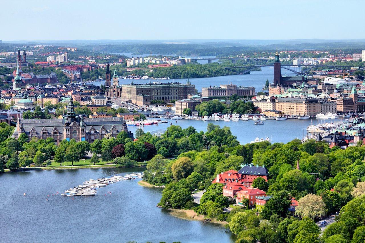 Stockholm-canals.jpg