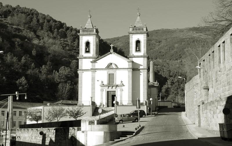 fotos_26421_covilha_igreja_de_n_sra_de_fatima_da_c