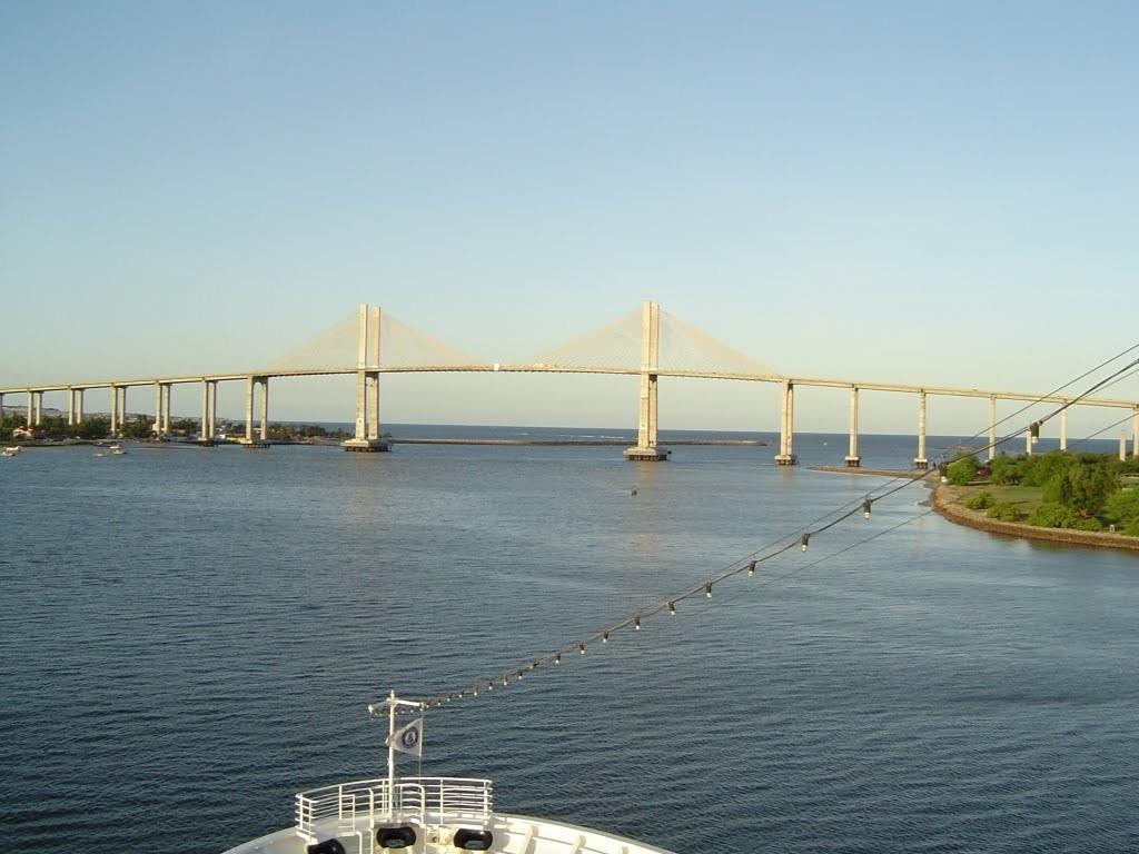 ponte newton navarro.jpg