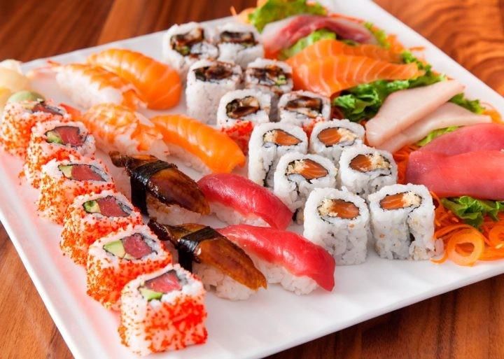 awesome-sushi-720x513.jpg