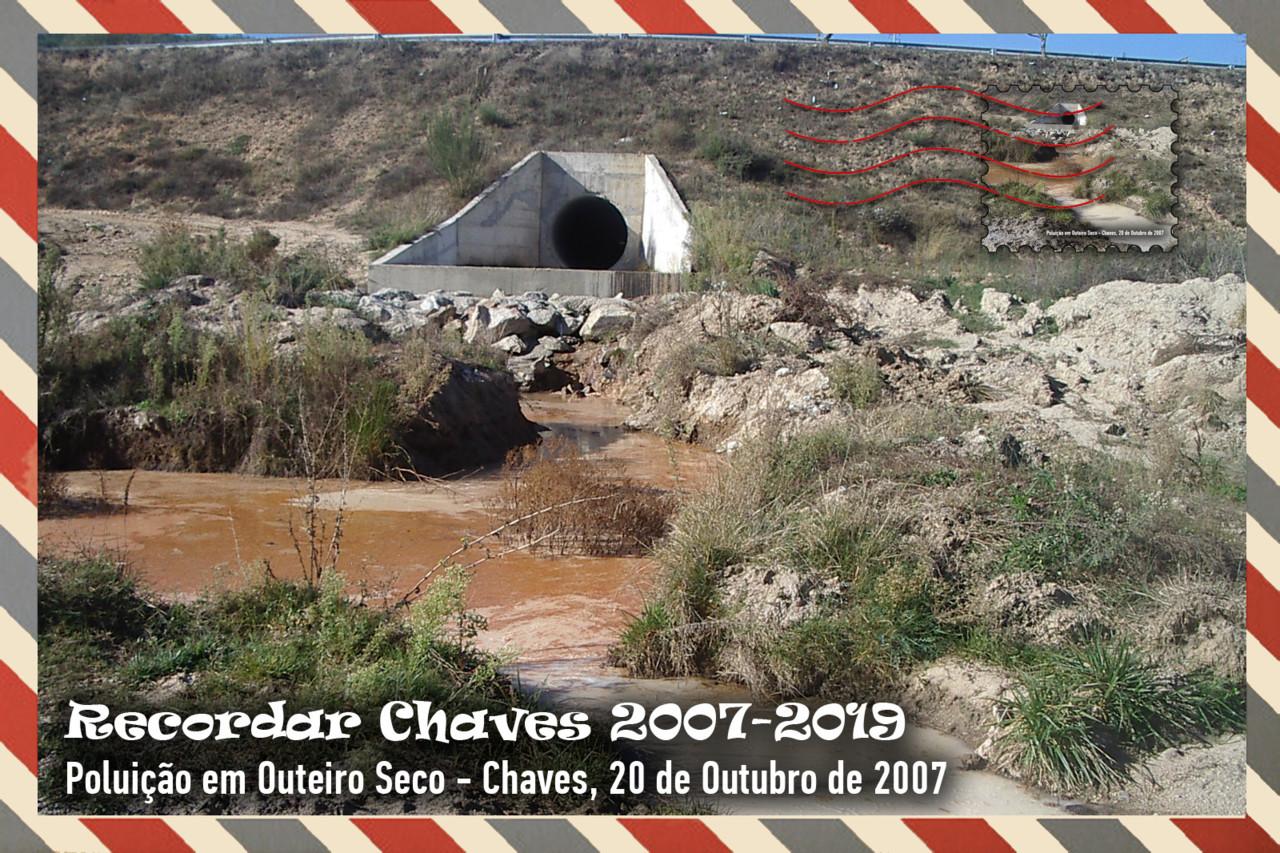 Colecção de 13 Postais Recordar Chaves 2007.jpg