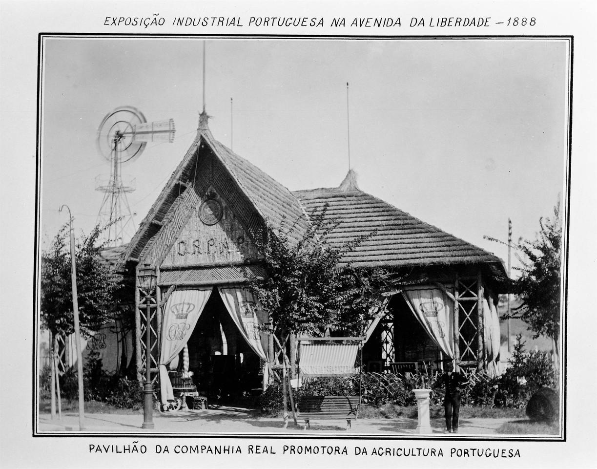 Pavilhão da Companhia Real, 1888, foto de Estúdi