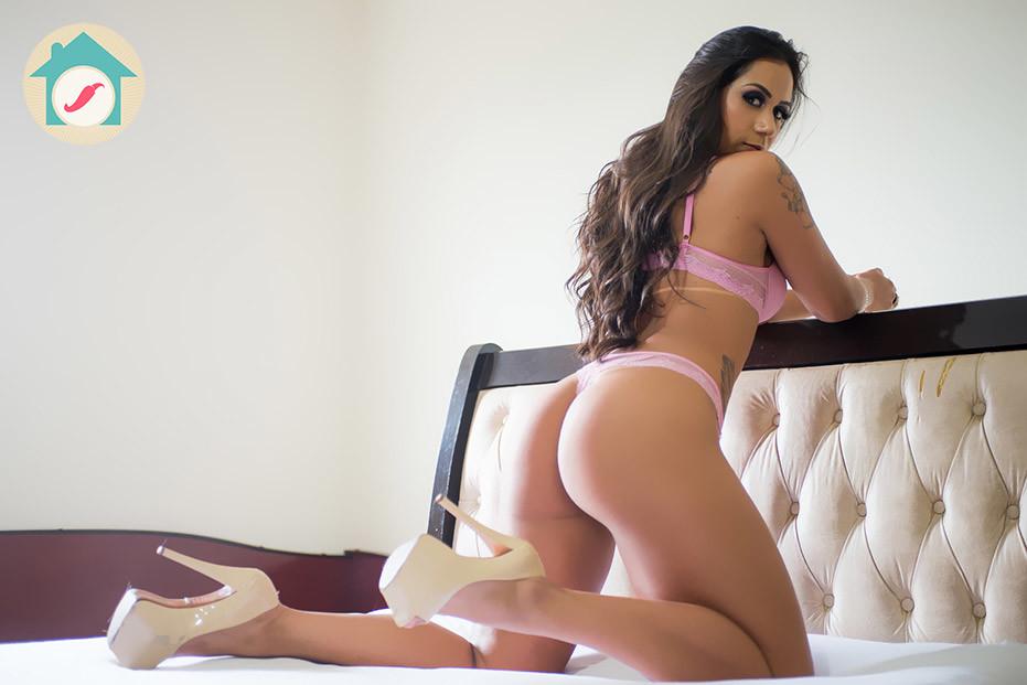 Carla Moreno 4.jpg